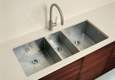 Blanco Precision Undermount 16 Quot R10 Triple Bowl Sink