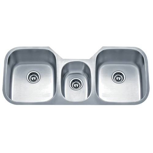 Wells Sinkware 18 Gauge Undermount Triple-Bowl Stainless Steel Kitchen Sink Package SSU4621-979-1